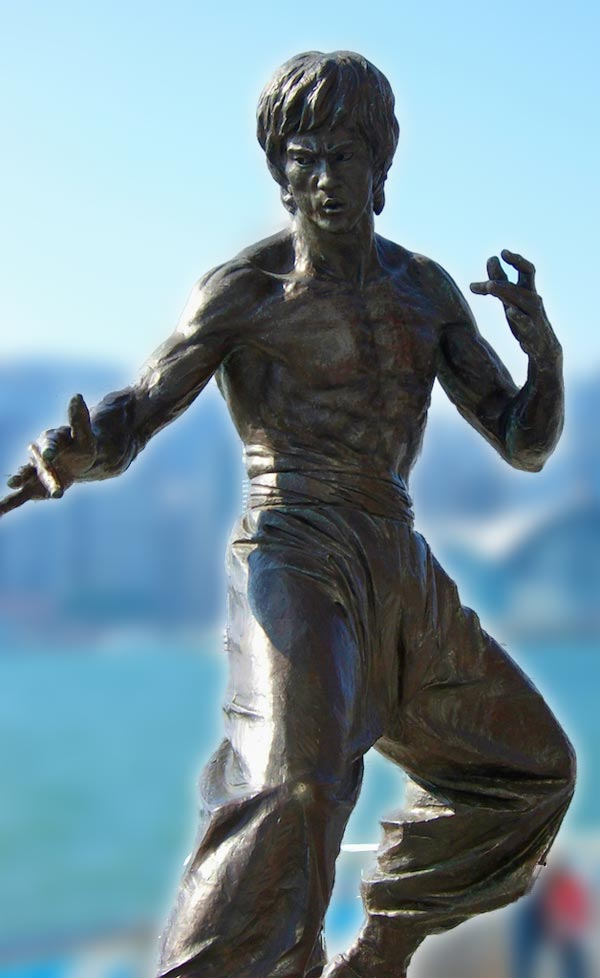 Bruce Lee Statue - master of self-discipline